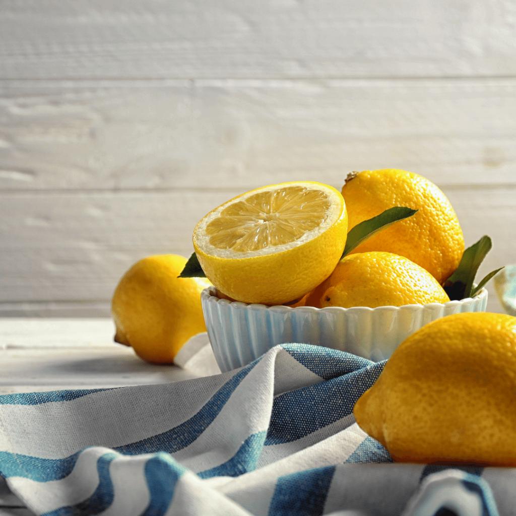 lemon on keto diet .